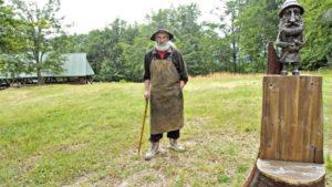 Один день в гостях у господаря гори Явірник: репортаж з будинку Янко Деревляного.