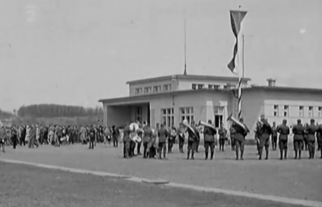 90 років тому в Ужгороді відкрили аеропорт (фото,відео)