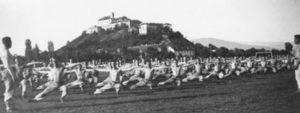 Як у 30-тих роках солдати під Паланком у Мукачеві бігали (фото)