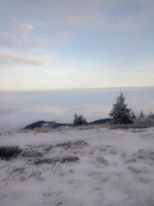 На Драгобраті випало до 16 см снігу (фото)