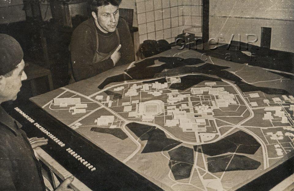Фото УжНУ 1970-тих років: лабораторія зрідженого азоту, бібліотека, лінгафонний кабінет