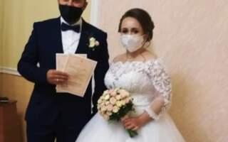 На Закарпатті «відгуляли» шлюб у карантинних умовах