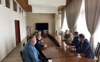 Олексій Петров з очільниками митної та прикордонної служб України обговорюють ситуацію на КПП «Тиса»
