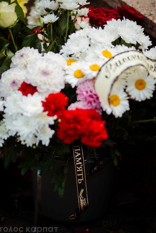 Фоторепортаж: Як світ прощався з владикою Міланом Шашіком
