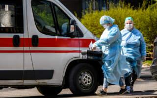У 1022 людей виявили коронавірус, 21 – померла, на Закарпатті – 68, 4 – померло