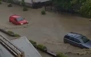 Як вчора тонув Ужгород (відео, фото)