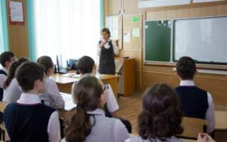 """""""А ви у дітей запитали?"""": в українських школах буде звучати гімн перед початком уроків"""