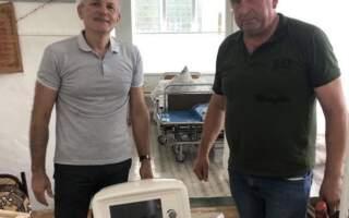 На Тячівщині мешканці «скинулися» та купили для лікарні апарат ШВЛ