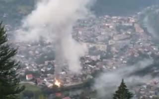 Страшна сила вогню: відео пожежі у Рахові