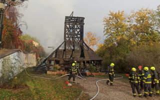 Закарпатську церкву, яка повністю згоріла у Празі, відновлять