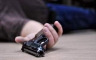 У Мукачеві поліцейський, який охороняв бюлетені вистрелив собі у голову