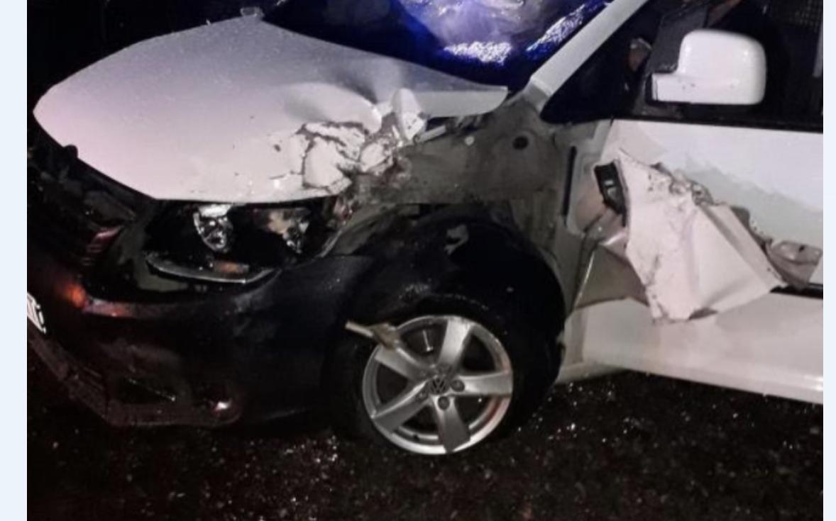 На Іршавщині зіткнулись мінівен та легковик: Один з водіїв п'яний (ФОТО)