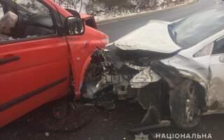 Подробиці моторошного ДТП на Закарпатті: У результаті зіткнення чотирьох авто постраждали 1-річна дівчинка та 8-річний хлопчик (ФОТО)