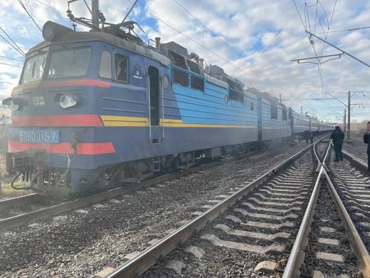 Оприлюднили фото з місця загоряння потягу Рахів-Миколаїв