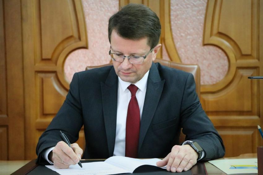 Голова Закарпатської ОДА А. Полосков прокоментував хід реалізації земельної реформи та що вона передбачає