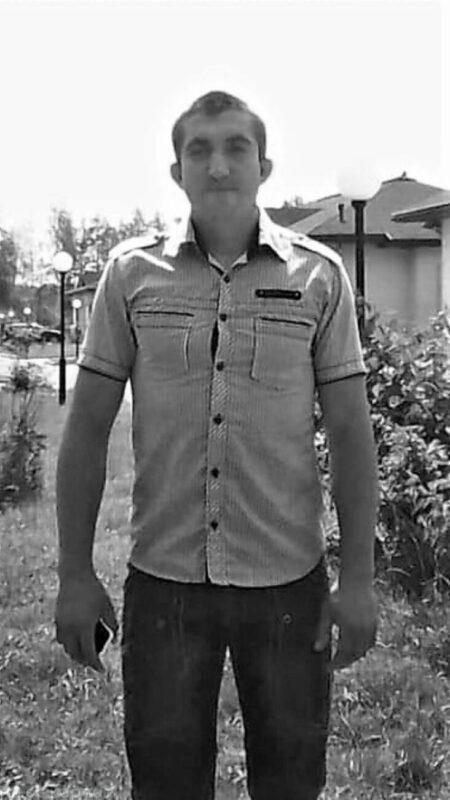 У мережі оприлюднили фото 26-річного чоловіка, тіло якого на Водохреща дістали з ополонки (ФОТО)