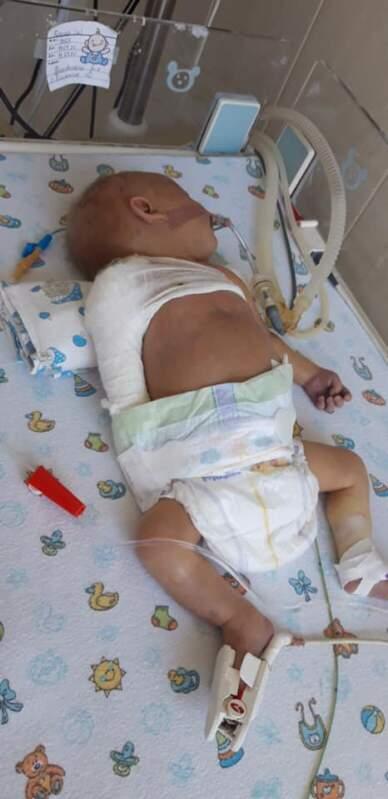 """""""Вашу дитинку пустили через м`ясорубку"""", - лікар на Закарпатті під час пологів практично вбив немовля. Соцмережі"""