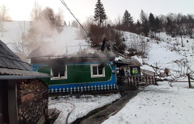 У пожежі на Рахівщині загинув літній чоловік