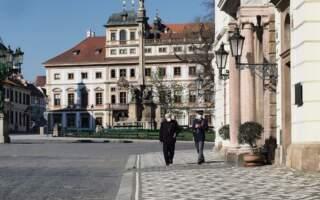 """Завтра уряд Чехії вирішуватиме чи продовжувати найсуворіші протиепідемічні заходи"""": відомо чи послаблять їх після 21 березня, – позиція Міністра здоров'я"""