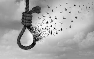 """""""Сабіна була, як янгол, я досі не можу повірити, що її немає"""": Що спонукало закарпатську школярку до самогубства"""
