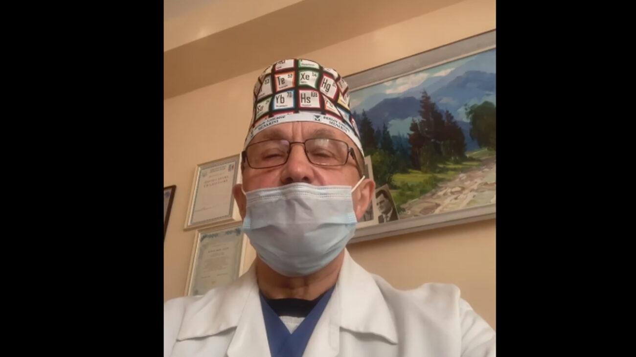 """""""Місць не вистачає. Щодня помирає двоє-троє. Дуже прошу Вас: """"Допоможіть нам у цій боротьбі"""", - головний лікар Центральної міської клінічної лікарні м.Ужгород Іван Курах звернувся до закарпатців (ВІДЕО)"""