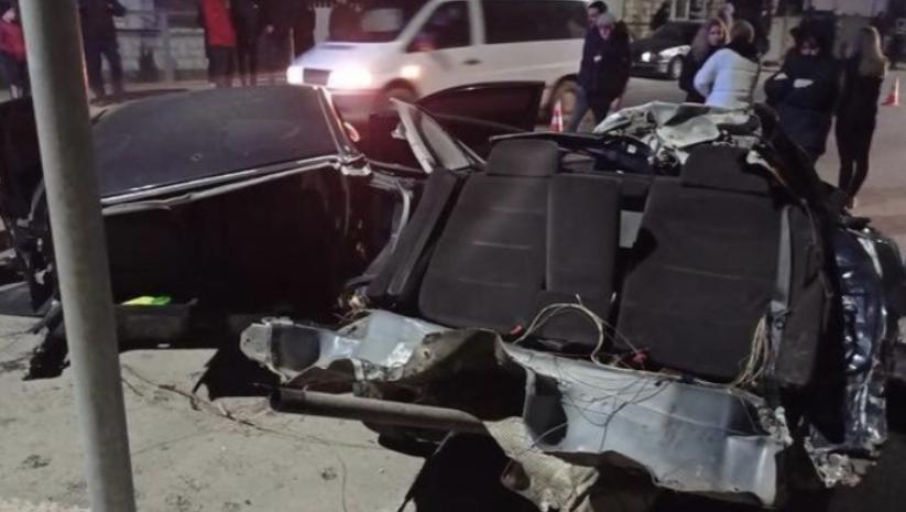 ДТП на Закарпатті: Авто, за кермом якого був неповнолітній, розірвало навпіл (ФОТО)