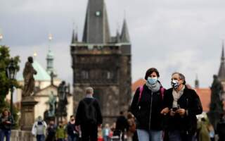 Відома дата: Уряд Чеської Республіки готується пом'якшити жорсткі карантинні обмеження