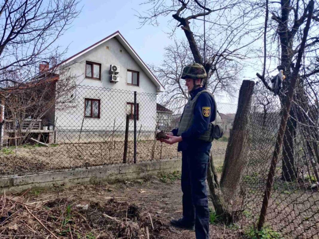 На Ужгородщині за добу піротехніки знищили дві мінометні міни