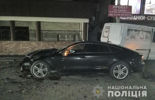 """На Тячівщині """"МЕНТИ"""" прикривали п'яного мажорика за кермом, який смертельно травмував жінку"""