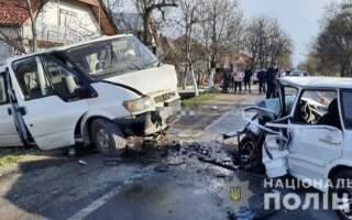 26-річний водій «ВАЗ 2114» помер у кареті швидкої допомоги. Двох пасажирів, серед яких 4-річна дитина, доставлено до районної лікарні,- подробиці смертельної ДТП