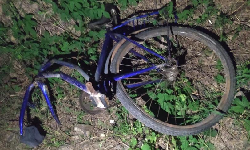 П'яна ДТП: на Закарпатті водій збив велосипедиста та втік з місця події (ФОТО)
