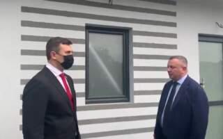 «Я через місяць приїду і особисто перевірю», – Тищенко узяв на контроль відкриття туалету на Закарпатській митниці (ВІДЕО)