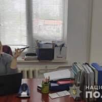 На Закарпатті підозрюють екскерівницю управління Держгеокадастру за махінації з землею на понад 15 млн грн