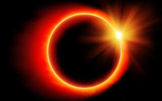 Закарпатці спостерігали за сонячним затемненням (ВІДЕО)
