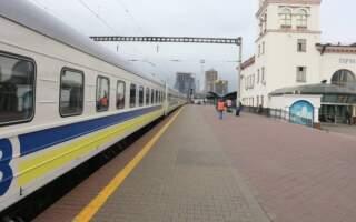 В Україні через непогоду затримується низка потягів: оприлюднено перелік