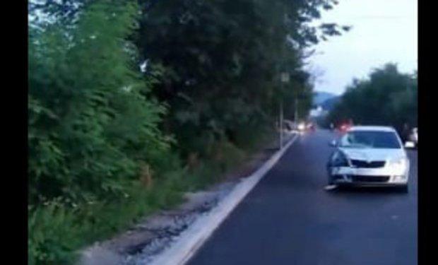 Від отриманих травм дитина загинула: На Закарпатті біля школи-інтернату автомобіль збив дитину