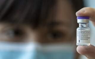 Трагічний випадок: Помер через 4 години після отримання вакцини