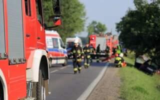 Троє у важкому стані: У Польщі п'яна водійка протаранила автобус з українцями (ФОТО)