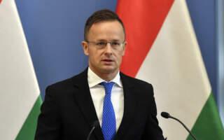"""""""Ми не просимо нічого додаткового і надзвичайного. Ми просимо лише повернути угорцям права"""", – Сійярто у Вільнюсі нагадав про угорські претензії до питань мови й освіти"""