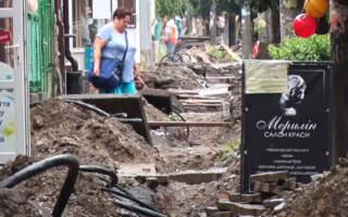 Виноградів у руїнах, або про те коли закінчиться реконструкція центральної площі
