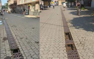 В Ужгороді масово крадуть решітки вуличної зливової мережі (ФОТО)