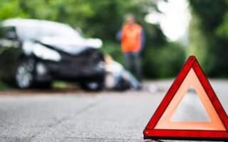 Страшна ДТП на Закарпатті: Водій авто з'їхав з дороги та на швидкості врізався в дерево