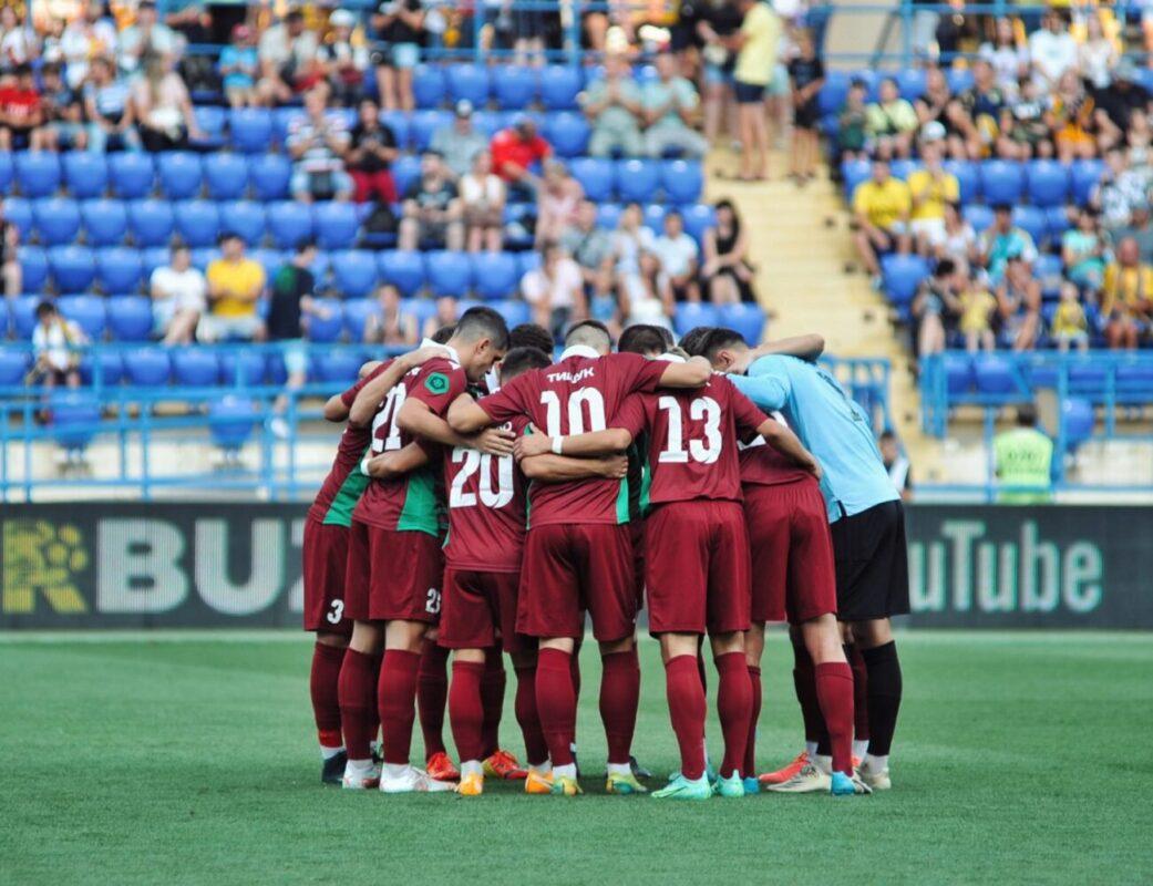 Матч Першої ліги «Волинь» - «Ужгород»: господарі дивом уникли поразки