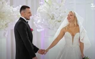 """Закарпатець """"Одружився наосліп"""" на одній з найкращих Pole Dance артисток в світі: Що з цього вийшло (ВІДЕО)"""