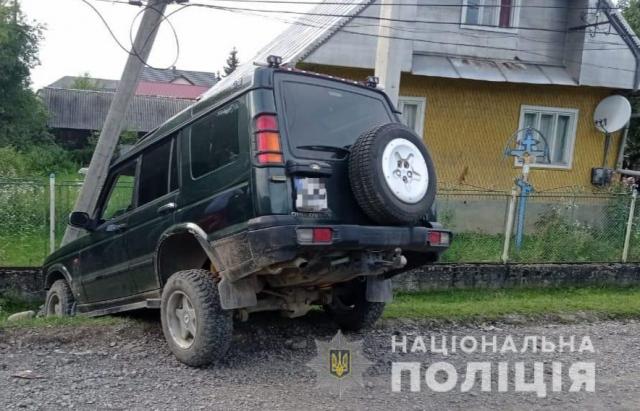 Малолітній закарпатець на Land Rover смертельно травмував жінку