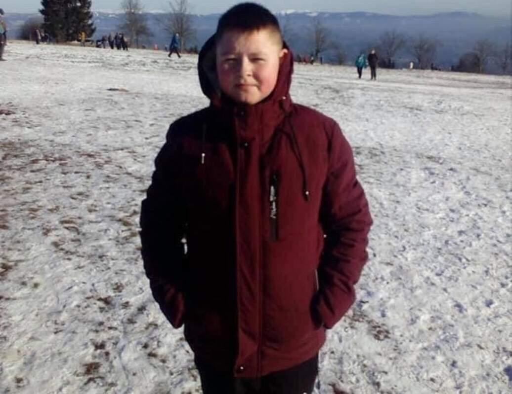 Вічна Пам'ять: У мережі поширили фото хлопчика, який загинув під колесами автівки