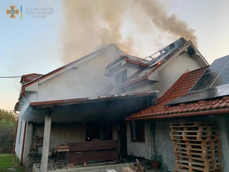 Показали наслідки масштабної пожежі на Закарпатті (ФОТО. ВІДЕО)