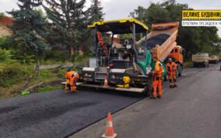 На Берегівщині ремонтують 74-метровий міст і дорогу між селами Мужієво та Бене