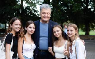 Ман – списаний, Климпуш-Цинцадзе – плаває: Непомічений візит Порошенка на Закарпаття або для чого приїздив колишній президент