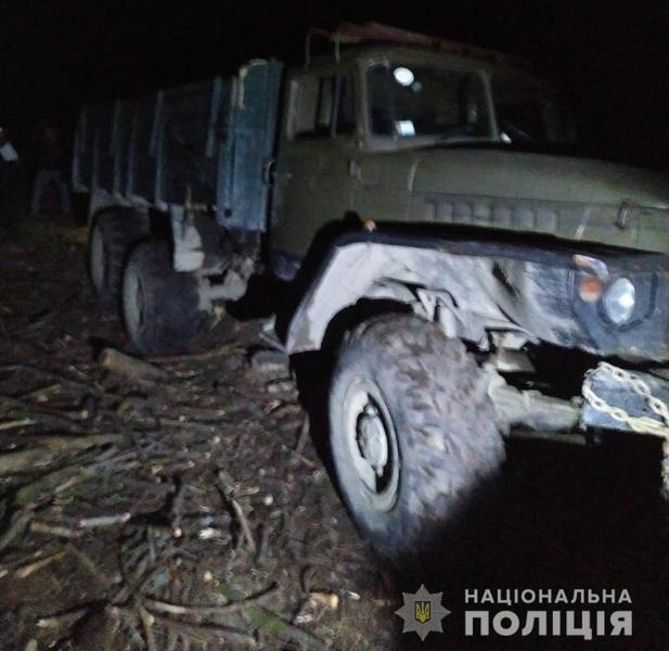 П'яна смертельна ДТП на Закарпатті: Під колесами вантажівки загинув 43-річний чоловік